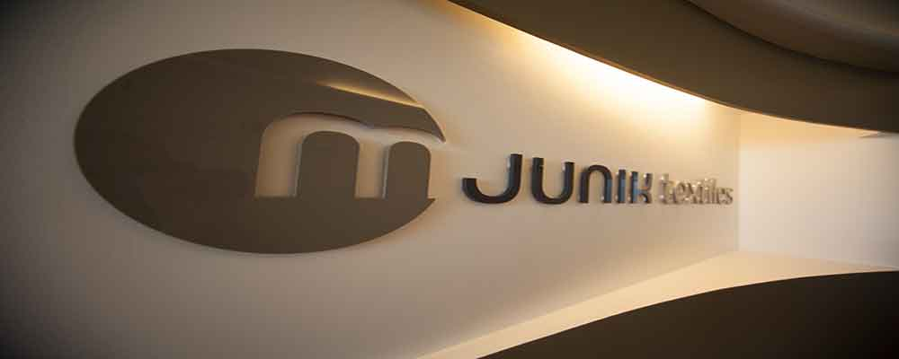 https://www.mjunik-textiles.com/uploads/images/Header-Auswahlfotos/mjunik-textiles-innen-87-intensified.jpg